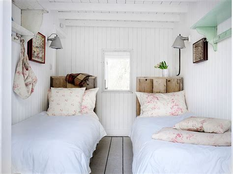 shabby chic small bedroom 15 small guest room ideas with space savvy goodness