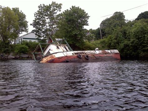 boatus salvage fishing boat stuck in penobscot river flats for more than
