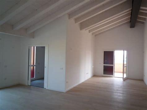soffitti in legno sbiancati soffitti in legno sbiancati design casa creativa e