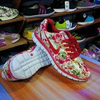 Sepatu Nike 5 0 Flower pusat grosir sepatu termurah agen sepatu murah kulakan