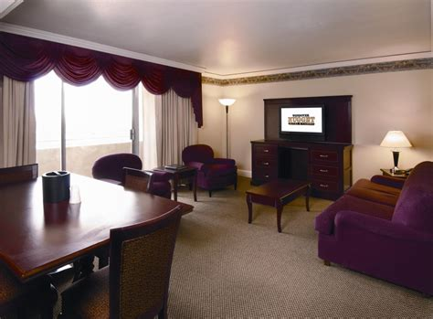wendover rooms with tubs luxury at the wendover nugget hotel wendover casinos