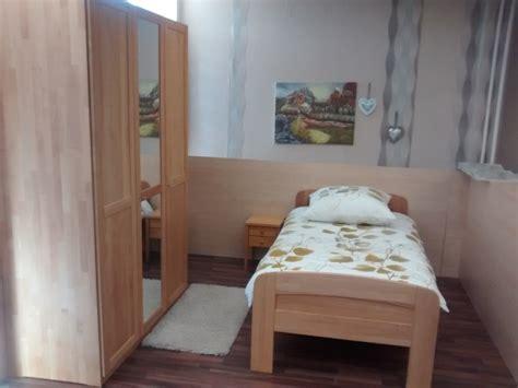 Günstige Schlafzimmer Set by Schlafzimmer Wandfarbe Gelb