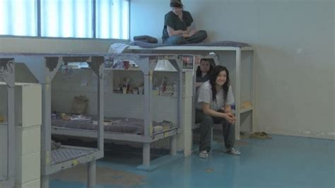 prison beds new inmates filling up beds at yakima county jail kima