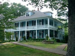plantation style houses plantation style houses all things southern