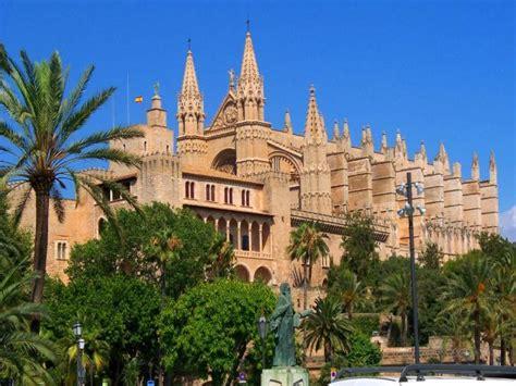 wohnungen in palma de mallorca altstadt wohnen neben der kathedrale palma de mallorca
