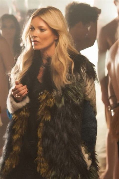 Who Wore It Better Fendi Fur Coat by 78 Images About In Fur On Coats
