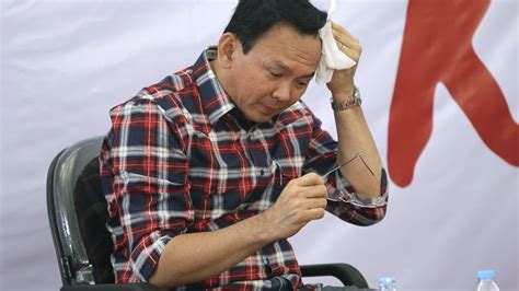 ahok governor muslim indonesians tweet support for beleaguered christian