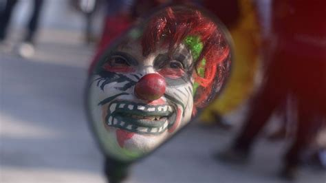 Why Do Find Clowns Scary Creepy Clowns Why Do Find Them So Scary Newsbeat