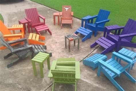 Stackable Chairs For Less Catch Clean Pallets And Make A Pallet Adirondack Chair