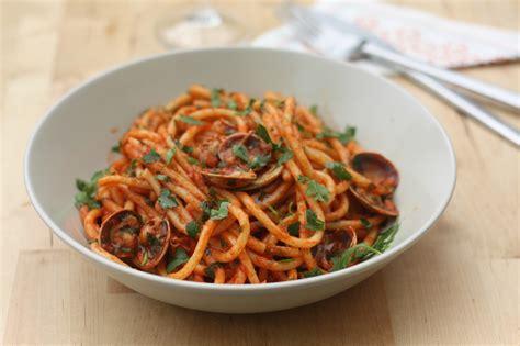 recette cuisine all馮馥 bucatini alle vongole p 226 tes aux palourdes blogs de cuisine