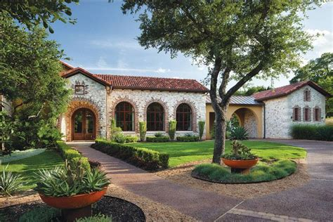 Exterior Home Design Ranch Style by