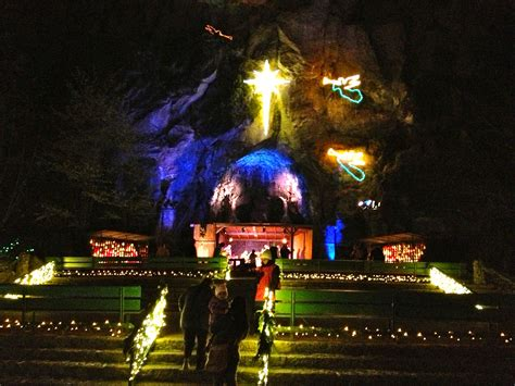 grotto christmas lights shrine portland and oregon