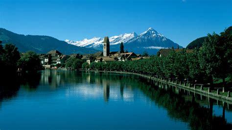 lade thun wunderbare seenlandschaften am thunersee schweiz tourismus