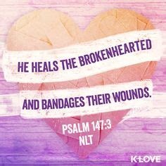 he heals the brokenhearted living and loving after rejection books faith on lysa terkeurst psalms and the lord