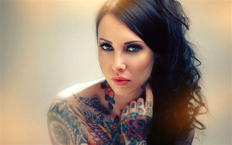 tattoo photo for girl windows 8 theme tattoo girls windows 8 themes
