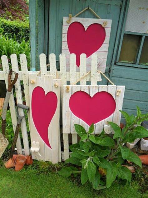 Creative Garden Decor 25 Creative Outdoor D 233 Cor Ideas Digsdigs