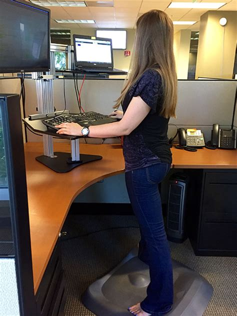 Review Ergo Desktop Hybrid Kangaroo Standing Desk Ergo Stand Up Desk