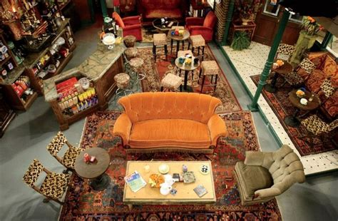 friends orange couch f r i e n d s central perk life love lindsey