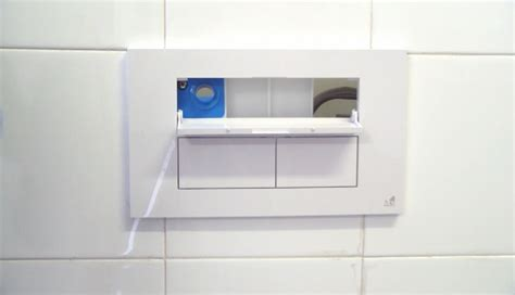 cassetta da incasso una cassetta da incasso con dispenser d igiene gt il