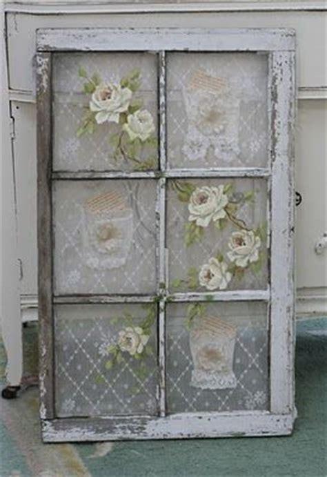 diy home decor use old windows as new photo frames ispirazioni di primavera in stile shabby chic
