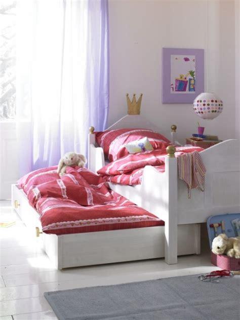 bettdecke jugendbett bunte und bequeme kinder bett designs f 252 r ihre kleine
