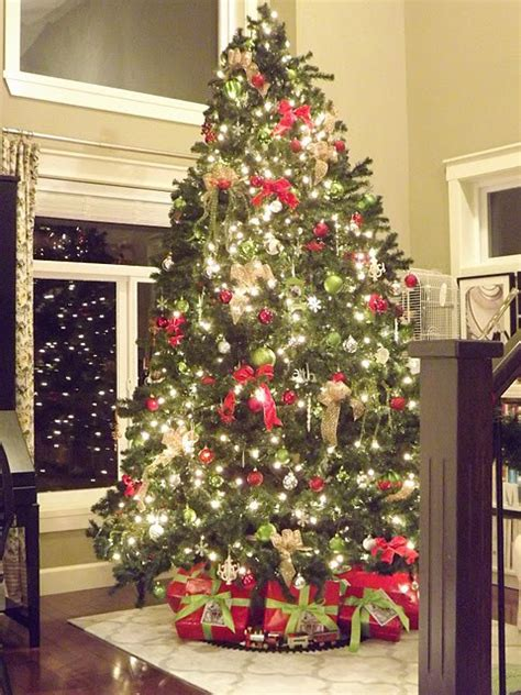 top tips to create a fabulous christmas tree jennifer
