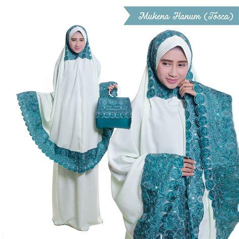 Mukena Dewasa Hanum cantik dengan jilbab home