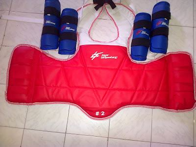 Sabuk Hitam Beladiri Adidas Chion jual peralatan beladiri taekwondo lengkap taekwondo