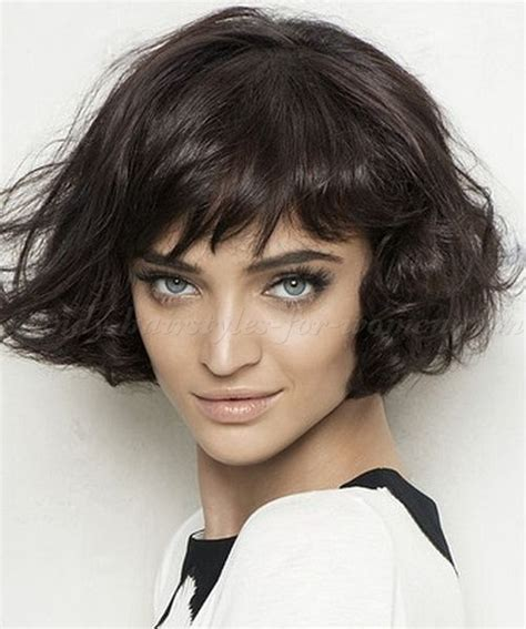 bob haircuts thick wavy hair short wavy hairstyles wavy bob hairstyle trendy