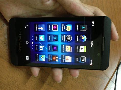 Hp Bb Z10 Baru handphone yang lagi ngetop review blackberry z10