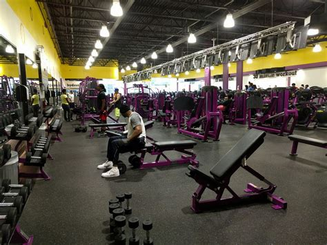 planet fitness no bench press planet fitness elizabeth gyms 647 newark ave