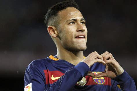 neymar s brief history of justin bieber and neymar s budding bromance