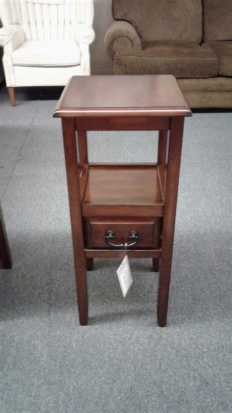 Pier One Side Table Pier 1 Side Table Delmarva Furniture Consignment