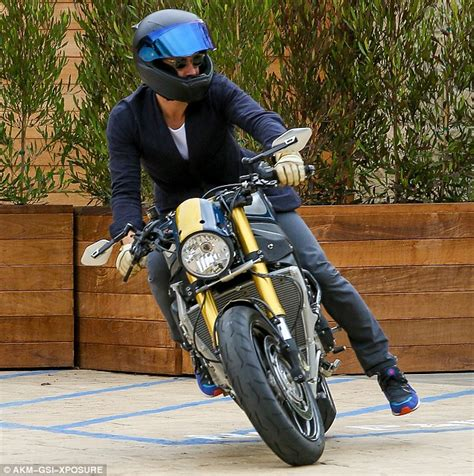 orlando bloom motorcycle orlando bloom takes his motorcycle for a ride after dining