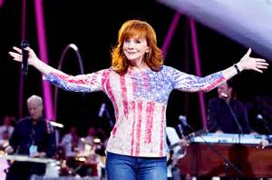 reba mcentire returns to hot country songs chart billboard reba mcentire extends country songs record billboard