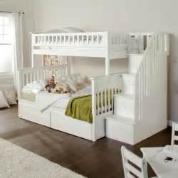 etagenbett mit schrank hochbett mit schrank 20 funktionale kinderhochbetten