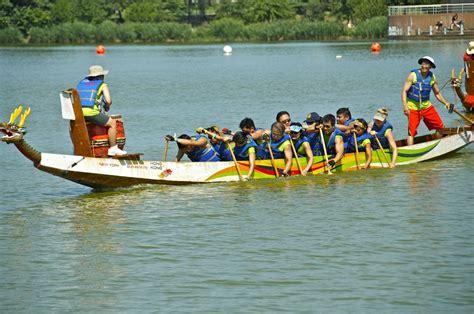 dragon boat grill dragon boat racing in flushing meadow corona park