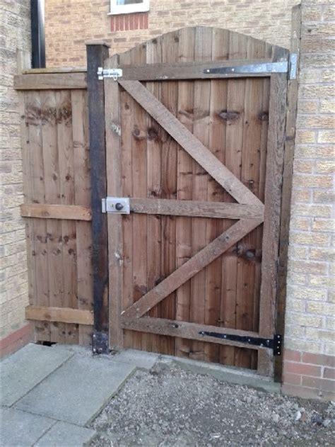 backyard gate lock yard gate locks pictures to pin on pinterest pinsdaddy