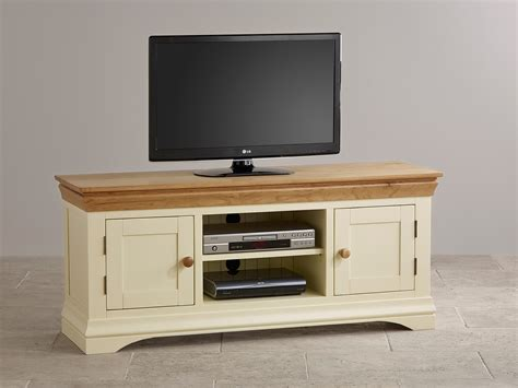 Painted Tv Cabinet by Country Cottage Oak And Painted Widescreen Tv Cabinet