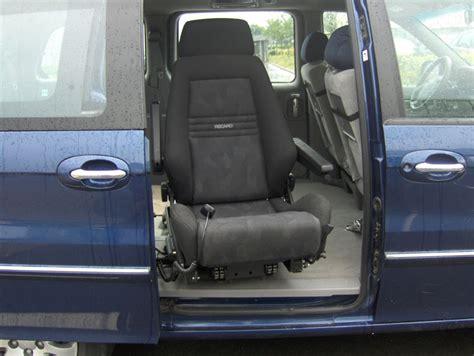 sur siege voiture les sieges pivotants handicape souleve personne et aides
