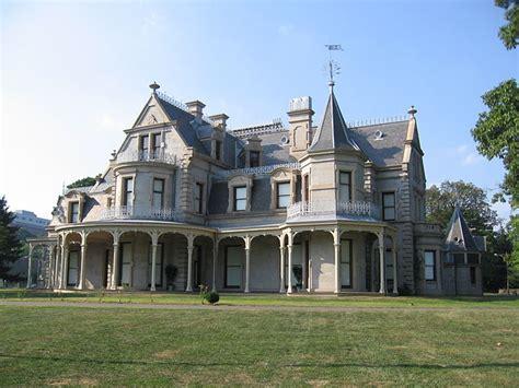 house plans that look like old houses file norwalkctlockwoodmansionsoside09032007 jpg