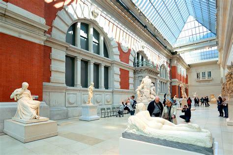 Metropolitan Museum Of Interior by The Metropolitan Museum Of New York City Ruebarue