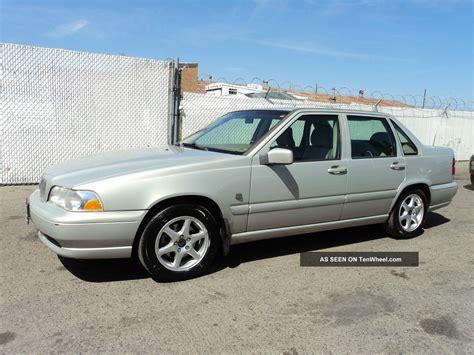volvo sedan 2000 2000 volvo s70 base sedan 4 door 2 4l