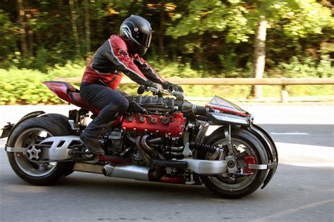 lazareth lm 847 video lazareth lm 847 motosikal guna enjin v8 maserati