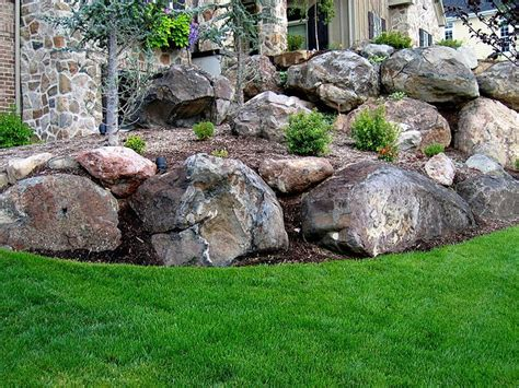 Boulder Landscaping Ideas 17 Best Ideas About Boulder Landscape On Pinterest Boulder Retaining Wall Front Landscaping