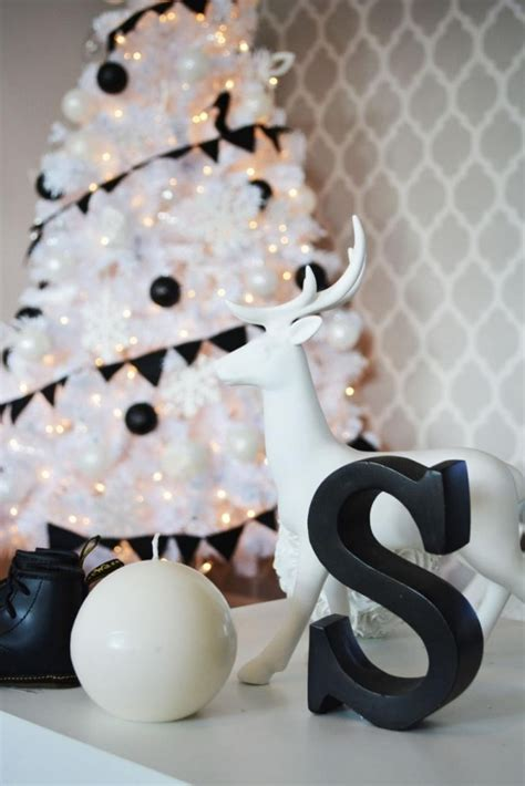 impressive black  white christmas decor ideas