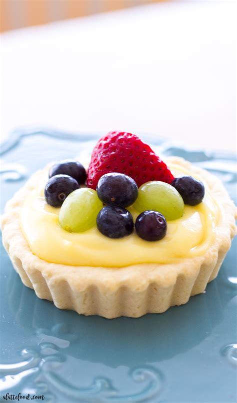 fruit tart sugar cookie fruit