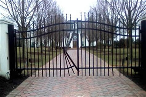 wrought iron   aluminum fence  deck depot