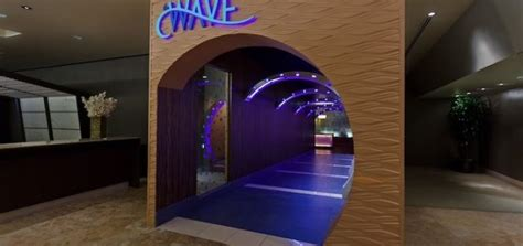 the contemporary review the wave review disney s contemporary resort