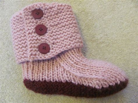 easy knit slipper pattern prairie boots pattern by julie weisenberger knitting